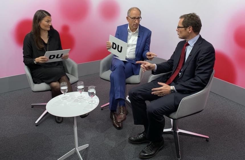 Die beiden Zürcher Politstars Tiana Moser (GLP) und Roger Köppel (SVP) duellierten sich in einem Streitgespräch im Axpo-Studio zur Energie- und Klimapolitik.